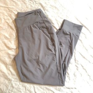 Grey Athleta joggers size 6p
